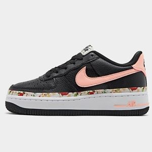Nike Lv8 flower pink and black sizes varied